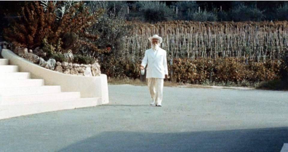 Oma marchant Maitre